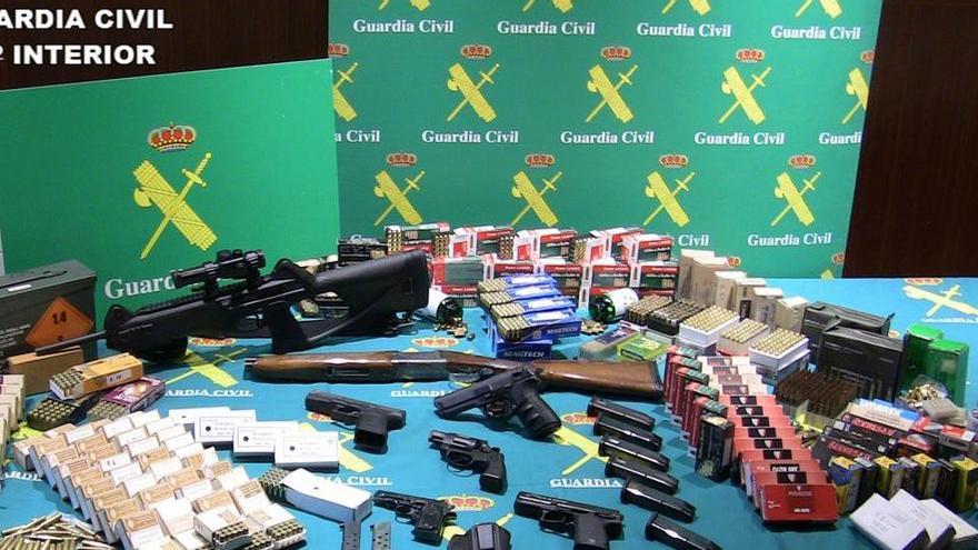 Cae una mafia que vendía a narcos armas 'fabricadas' en un taller casero de Valencia