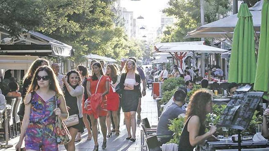 Palma will Außenbereiche von Cafés und Restaurants verkleinern