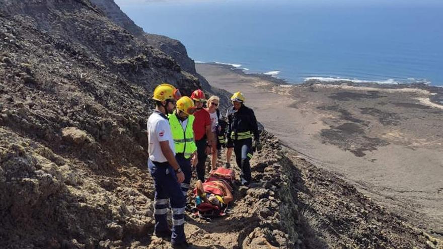 Una senderista herida, rescatada en Lanzarote