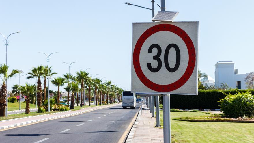Estos son los nuevos límites de velocidad en ciudad establecidos por la DGT