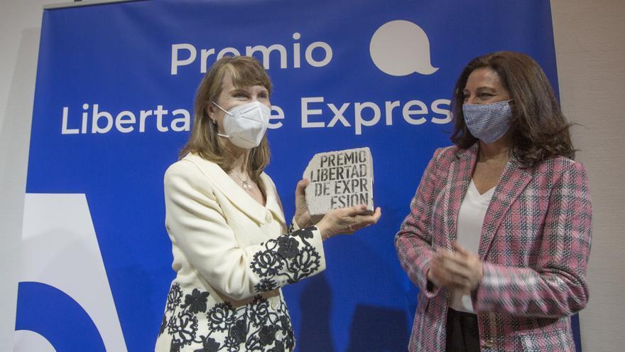 La Asociación de Prensa de Alicante entrega el IV Premio Libertad de Expresión a Asunción Valdés
