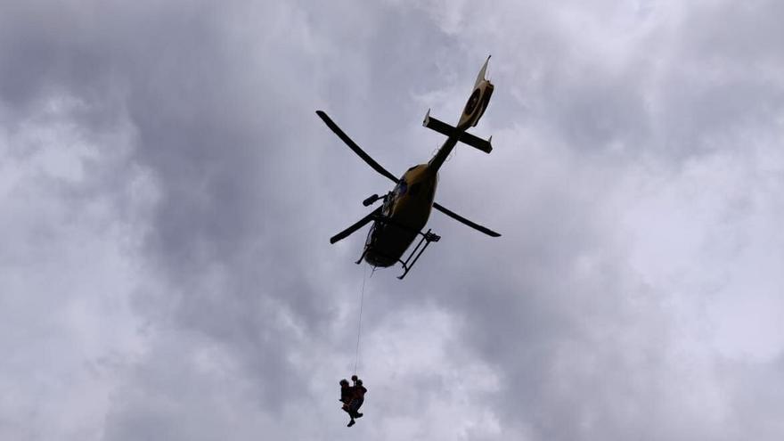 Evacuada una senderista lesionada cuando bajaba el Cullargayos, en el parque de Redes