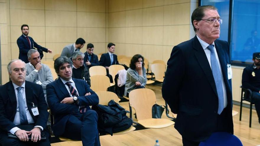 La excúpula del Banco de Valencia, condenada a hasta cuatro años de prisión