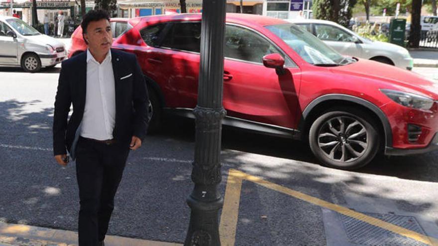 ¿Qué hacía Quique Pina en las oficinas del Valencia CF?