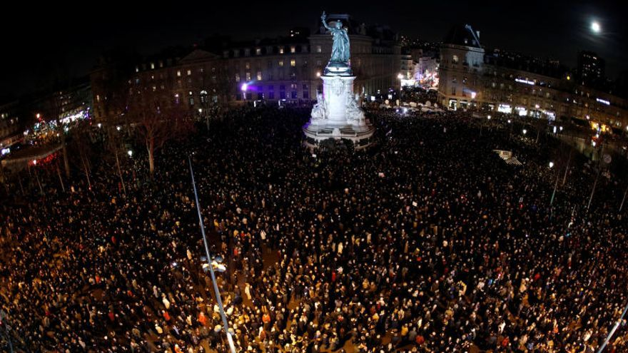 Francia se moviliza contra el creciente antisemitismo
