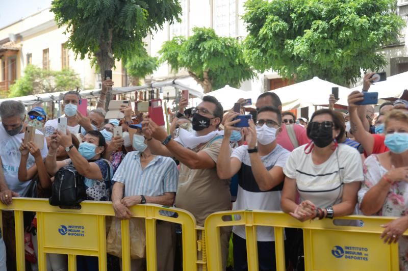 Dia del Pino: peregrinos llegando y visitando a Teror