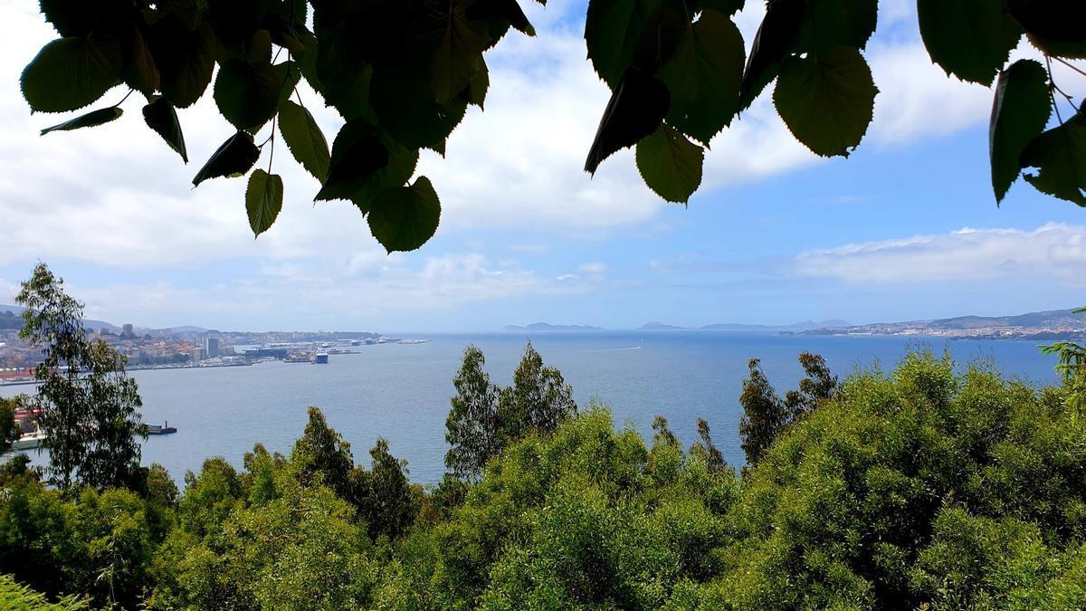Vista desde el monte de A Guía