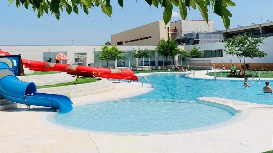 Reaniman a un niño de 8 años en la piscina de Alberic