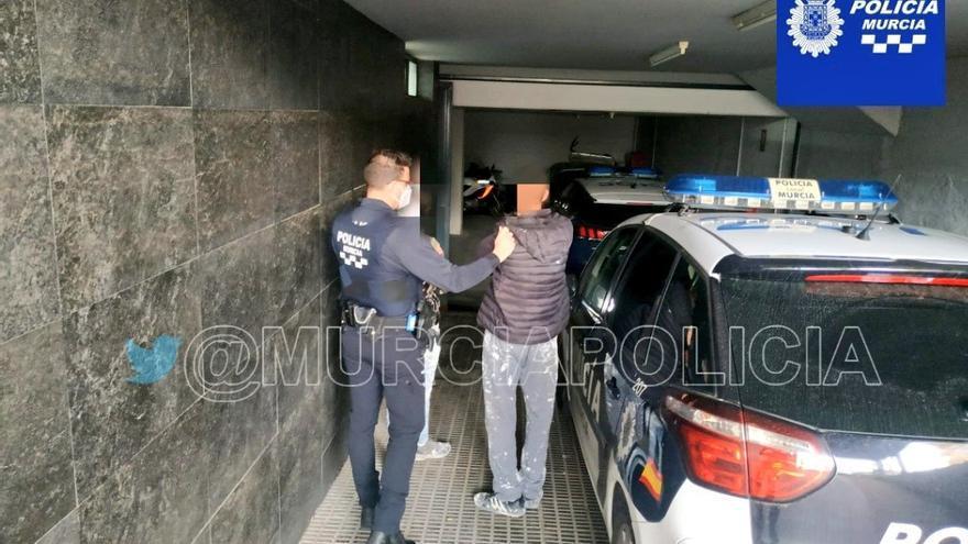 Detienen a dos trabajadores irregulares en La Alberca e instruyen diligencias al empresario