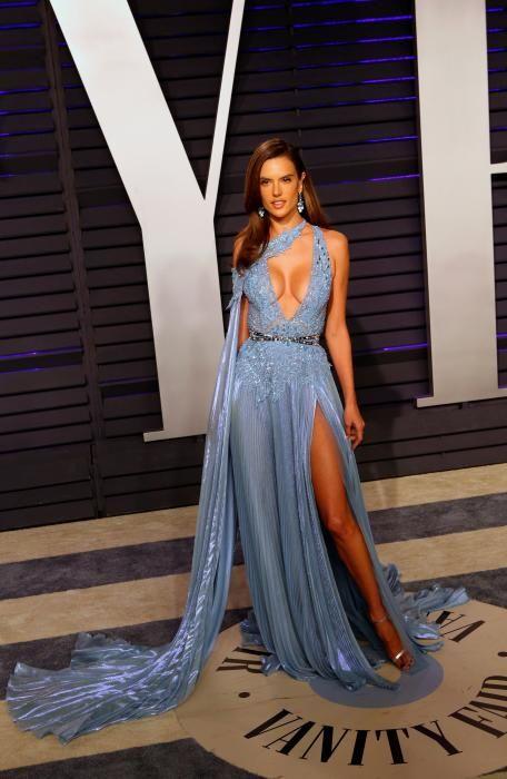 Alessandra Ambrosio, en la fiesta post Oscars 2019