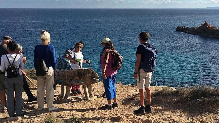 Cala Llonga se suma al reto de IFCC '5K Challenge' con una caminata
