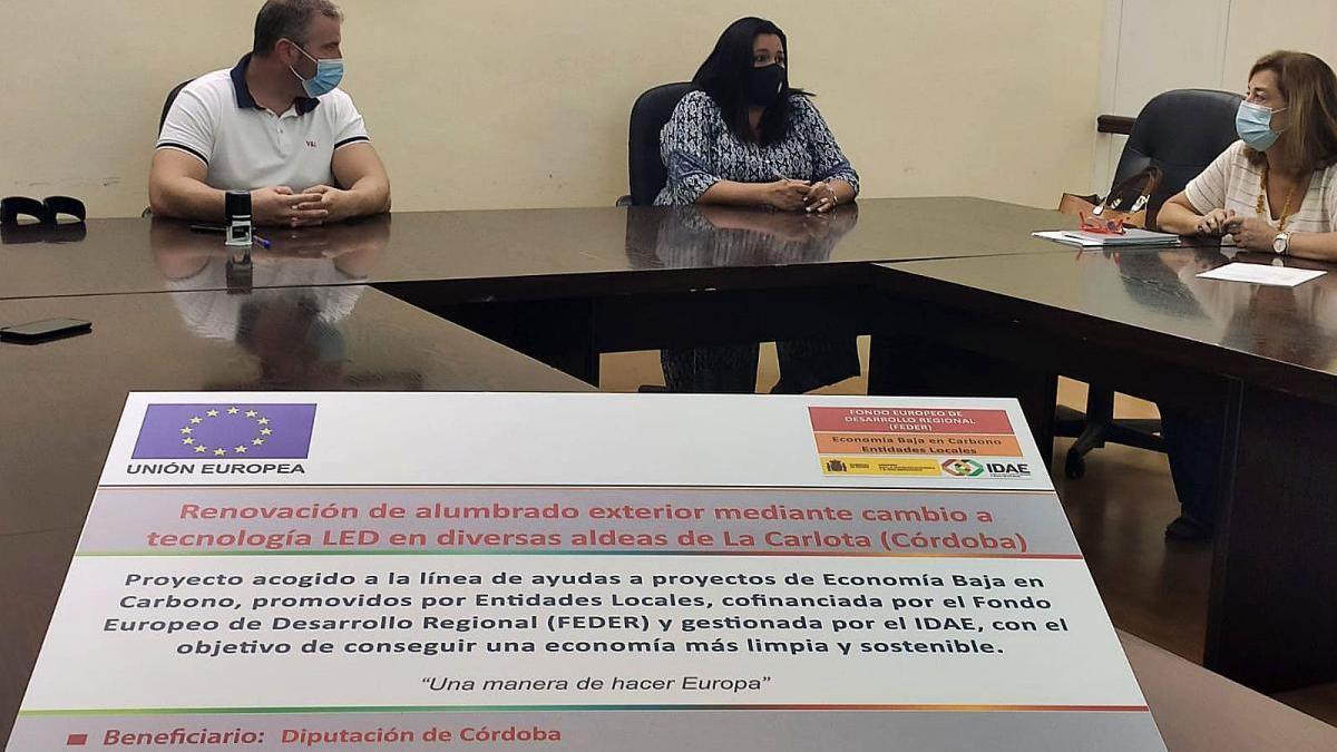 El Ayuntamiento de La Carlota renovará el alumbrado público de varias aldeas