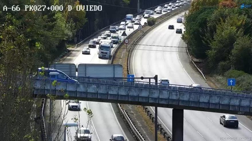 Un avería en un camión provoca retenciones kilométricas en la A-66, en sentido Oviedo