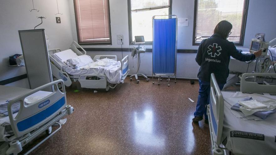 Un incendio en una habitación de un hospital de Alicante provoca graves quemaduras a un paciente