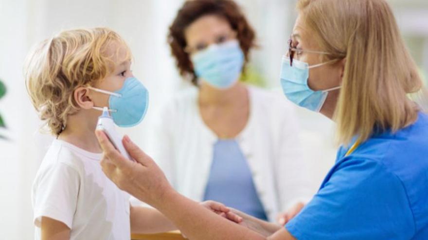 El SES replica que hay pediatra en Casas del Castañar