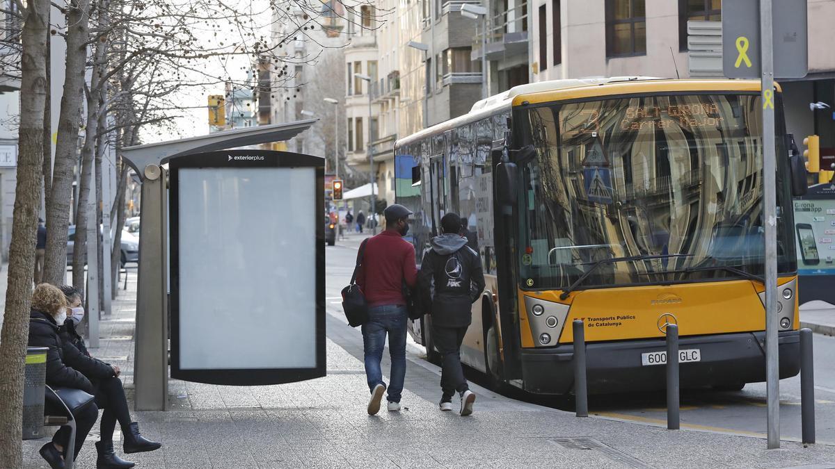 Un autobús del TMG en una imatge d'arxiu