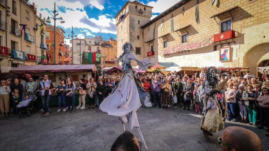 Comercios de toda la Comunidad Valenciana se suman a la oferta de la Fira de Tots Sants de Cocentaina
