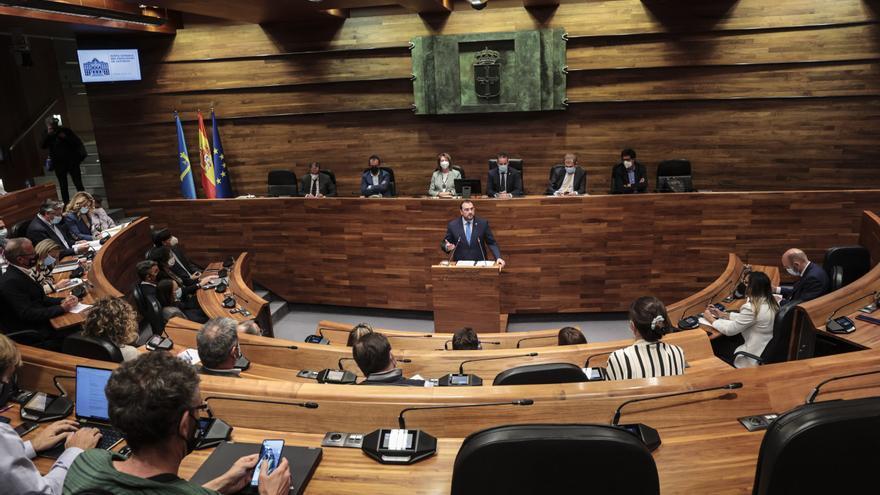 La Junta rechaza pedir la supresión del peaje del Huerna y el cambio del plan de vías de Gijón que propone Foro