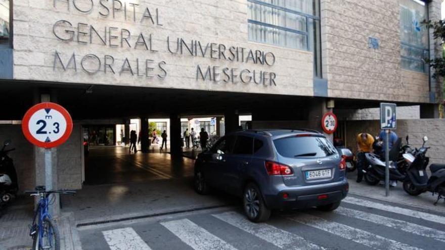 Un brote de sarna en el hospital Morales Meseguer afecta a cinco personas