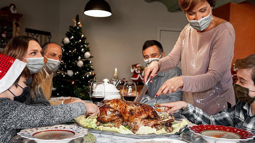 Ni brindis ni postre compartido esta Navidad