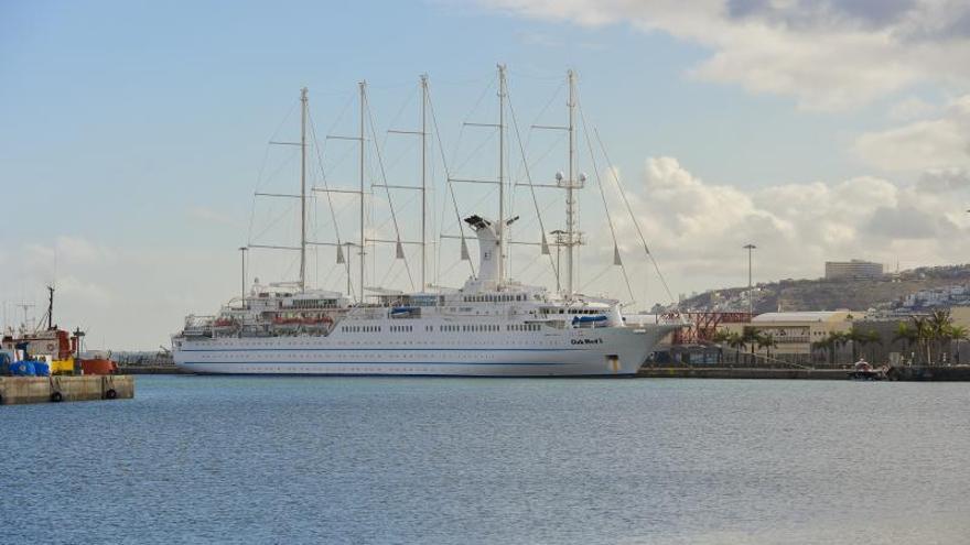 Escala del crucero-velero Club Med 2 en Las Palmas de Gran Canaria