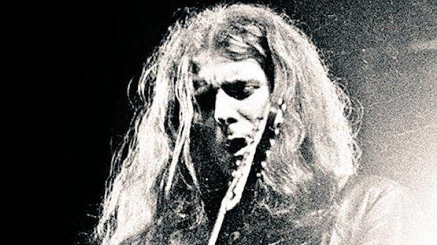 Muere 'Fast' Eddie Clarke, el último de los Motörhead clásicos