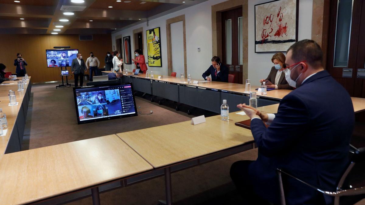 Reunión de seguimiento de la covid en Asturias