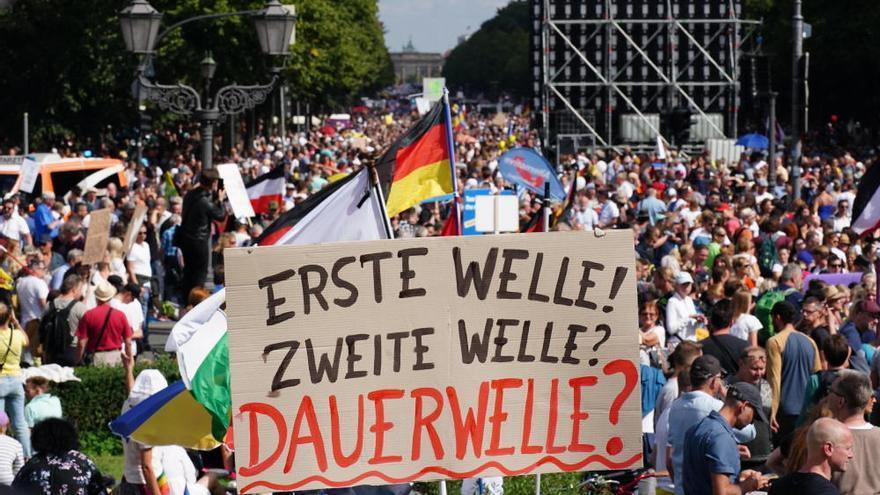 Manifestación en las calles de Berlín contra las restricciones por la Covid-19