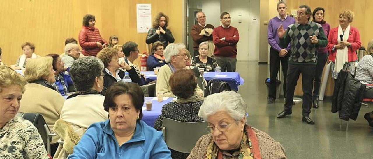El PP de Gandia reúne a 150 personas en un acto para mayores en Corea