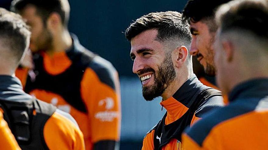 La respuesta del Valencia al interés de la Juve por Gayà