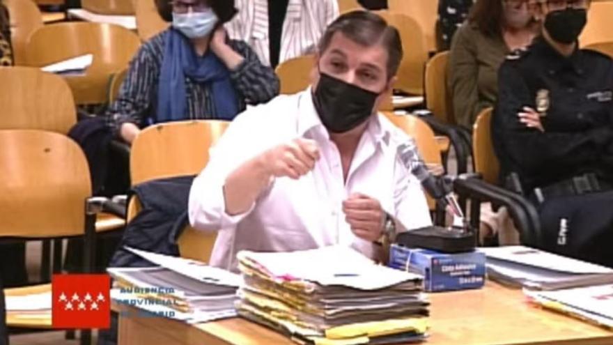 El Rey del Cachopo vincula el crimen a una mafia y niega que el cuerpo hallado sea de su exnovia