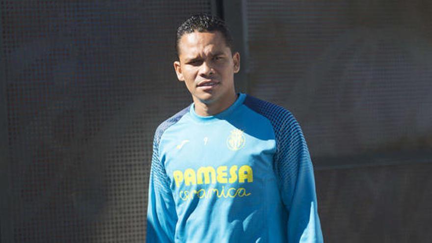 Carlos Bacca pasa la revisión médica con el Villarreal