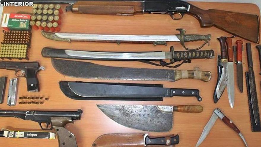 Condenados a 4,5 años por una pelea vecinal en Sax que acabó a tiros y a navajazos