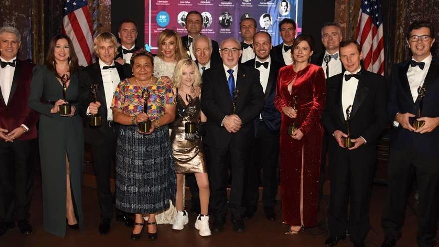 """Los New York Awards galardonan a Mendoza """"por su compromiso"""""""