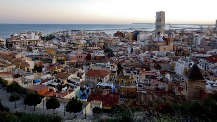 Alicante y Elche, muy lejos de las restricciones ordenadas para 10 municipios de Madrid