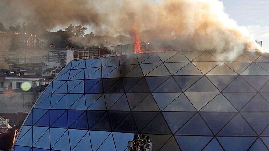 Un incendio amenaza la sede del Celta de Vigo
