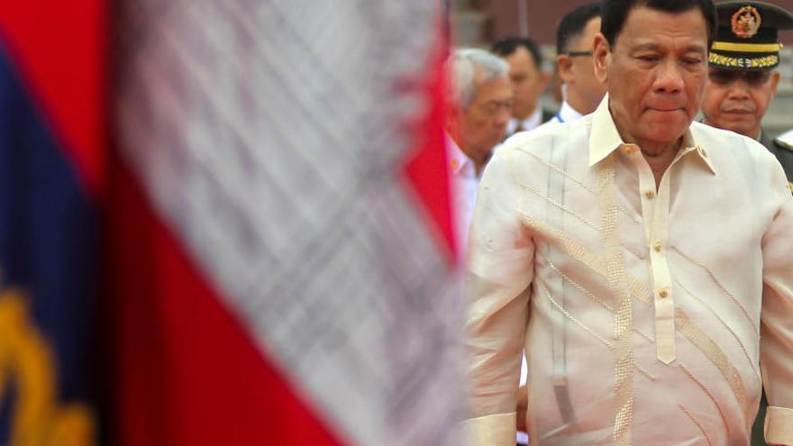 El presidente filipino cuenta haber agredido sexualmente a una empleada del hogar