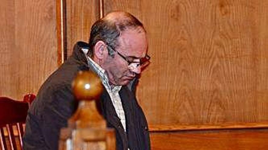 Declarado culpable por matar a su vecino con una desbrozadora en A Cañiza