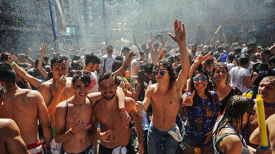 Vilagarcía no tendrá Festa da Auga ni Combate Naval, pero sí conciertos