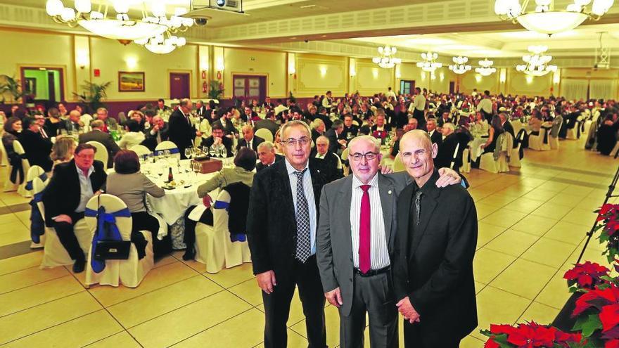Más de 2.000 asistentes a las cenas benéficas de la Católica