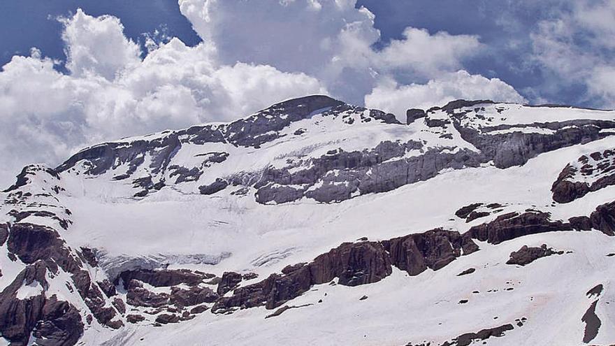 A los glaciares ibéricos les quedan treinta años