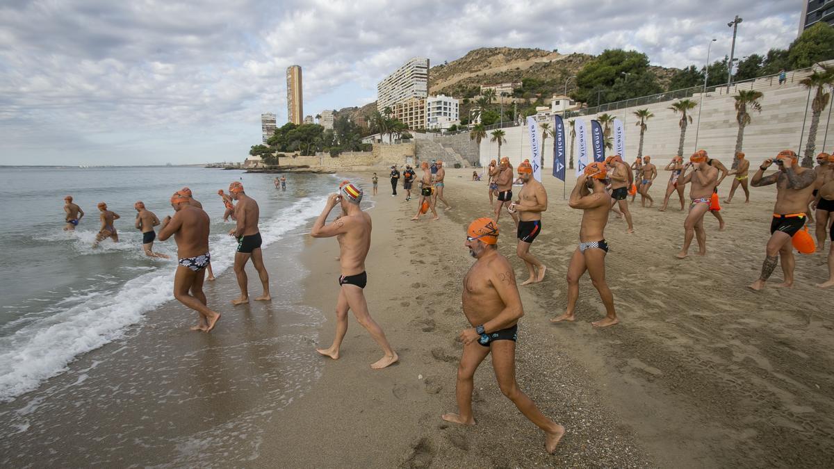 Meca y Crivillés inauguran en Alicante el canal de nado más largo de España