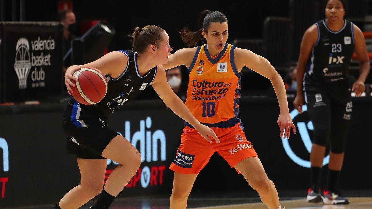 Leticia Romero, autora de seis puntos contra el Kangoaroes Basket
