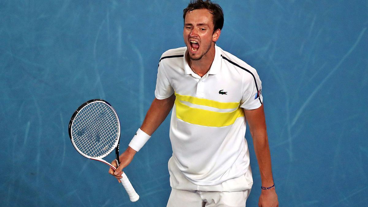 Medvedev celebró de esta manera su pase a la final del Abierto de Australia tras derrotar al griego Tsitsipas.