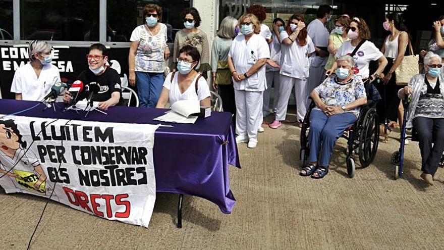 Treballadors de Palafrugell Gent Gran reclamen l'accés  a jubilacions parcials