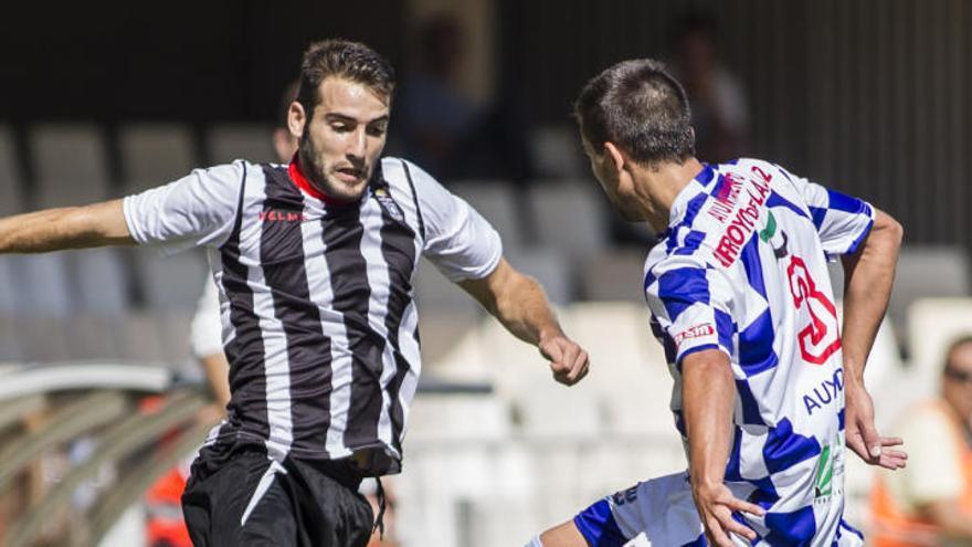El Cartagena ficha a Antoñito, quien vuelve al club siete años después