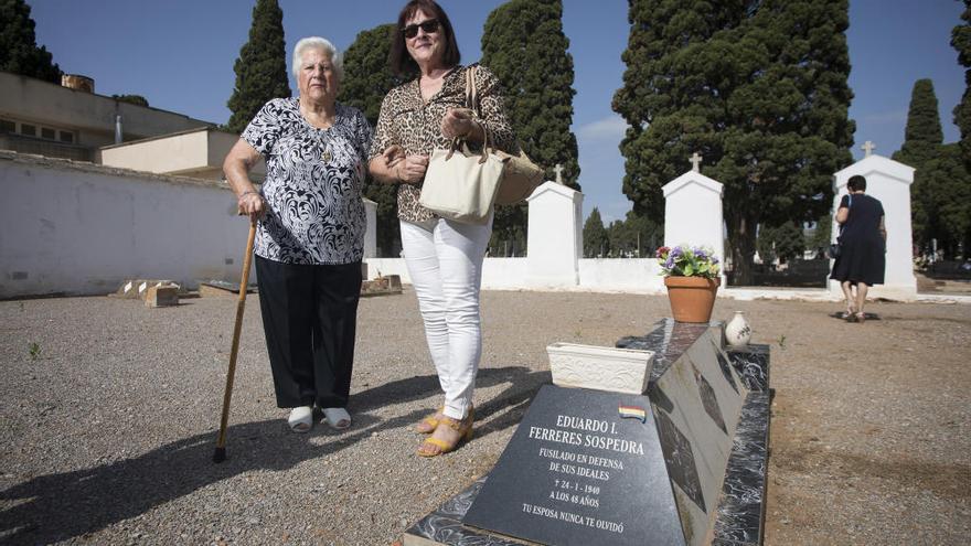 Exhumaciones para el 20-N