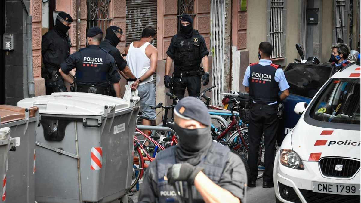 Detenido en Tarrasa un internauta por apología yihadista