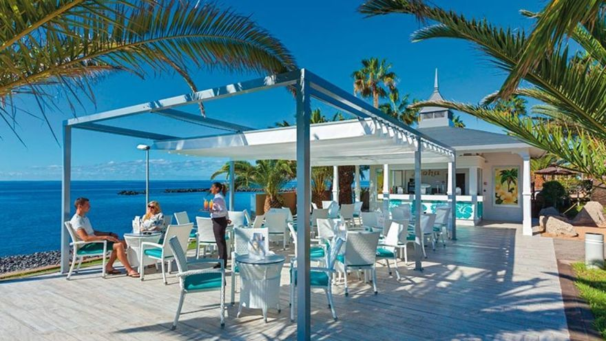 RIU reabre en diciembre otros cuatro hoteles en Canarias