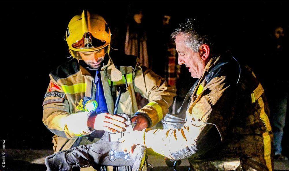 Un incendi crema quatre cases a Puigcerdà i obliga
